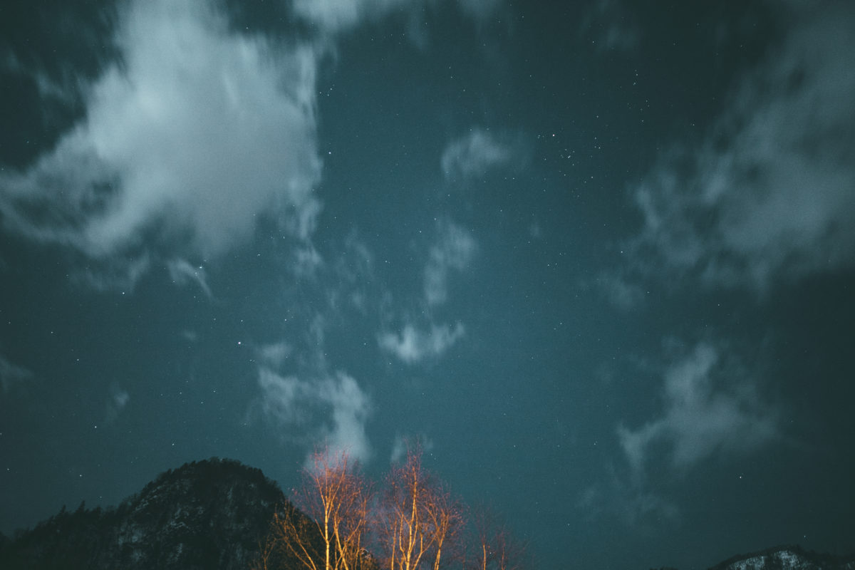 ここは星を見るための装置の画像