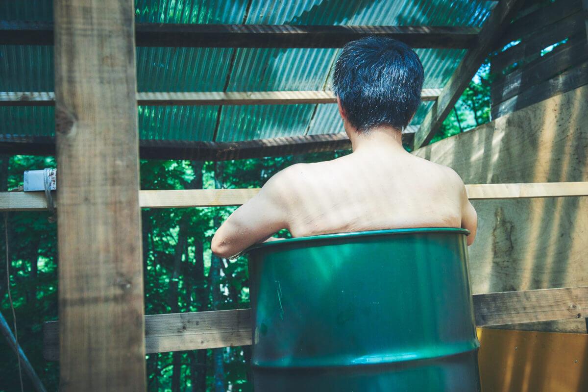 露天のレベルを超えた風呂の画像