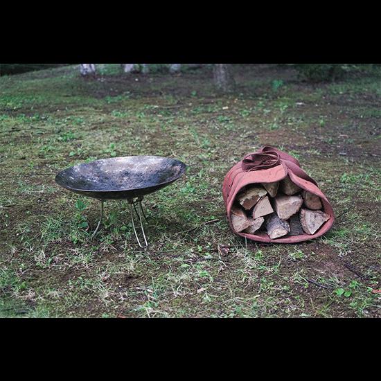 焚き火台&束薪セットの写真